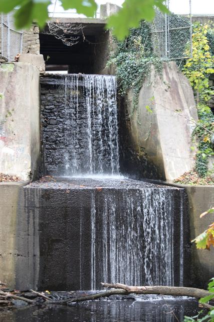 Broomall's Dam waterfall 11-4-2012